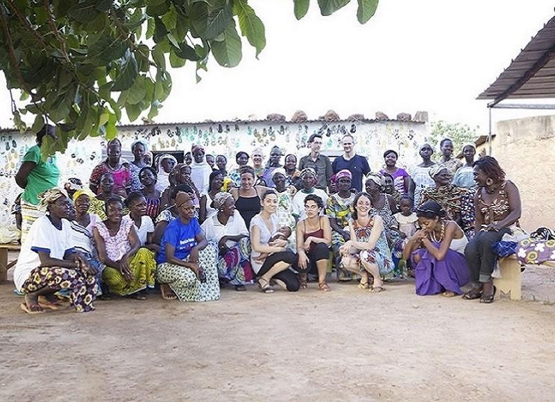 Afrika Tiss - Design For Peace